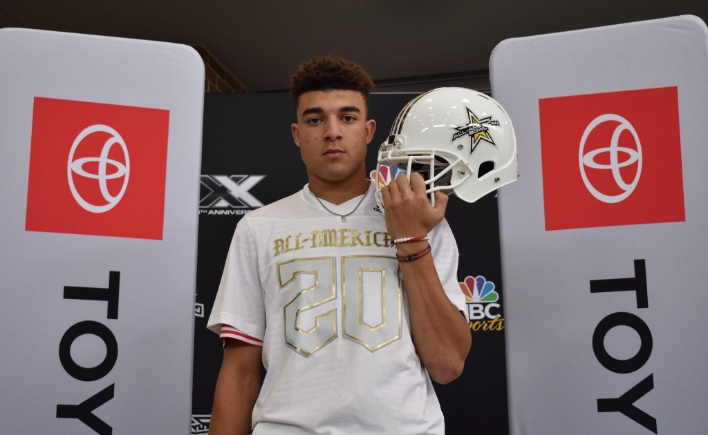 Jalin Conyers (Gruver, Texas/Gruver High School), the No.4 Tight End in the nation, was officially selected as a 2020 All-American during a celebratory selection event at his school.