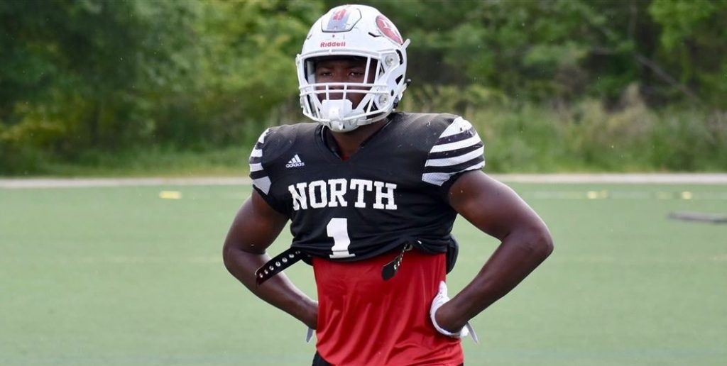 Four-star prospect Barrett Carter from North Gwinnett High School in Georgia has verbally committed to the Tigers.