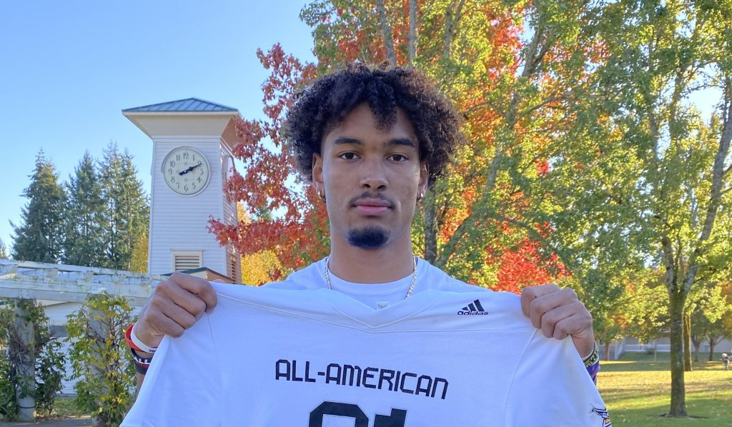 Wide Receiver Emeka Egbuka (Steilacoom, Washington/Steilacoom H.S.), the five-star prospect, was officially honored today as a 2021 All-American.