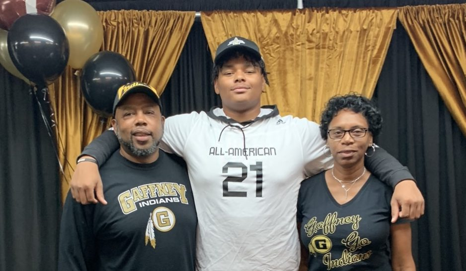Tyrion Ingram-Dawkins (Gaffney, South Carolina/ Gaffney H.S.), the University of Georgia commit, was officially honored today as a 2021 All-American.