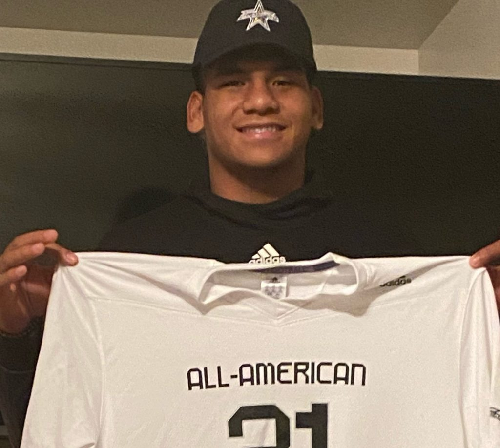 Offensive Lineman Kingsley Suamataia (Orem, Utah/ Orem H.S.), the University of Oregon commit, was officially honored today as a 2021 All-American.