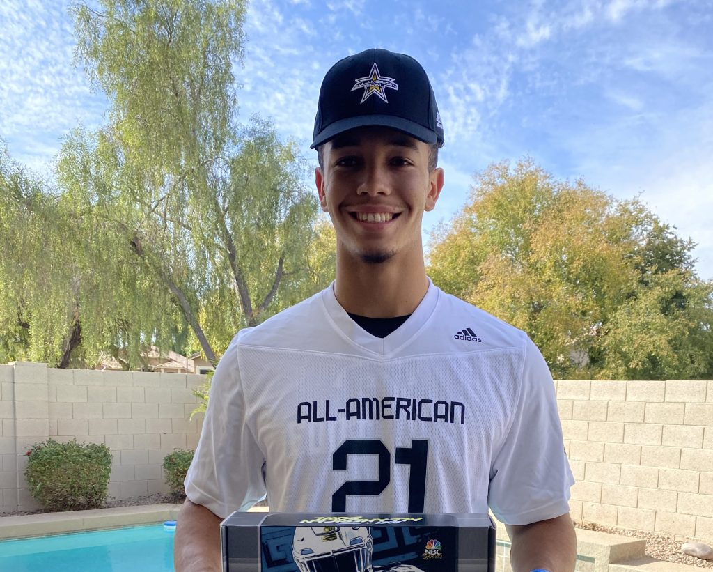 Quarterback Ty Thompson (Gilbert, AZ/ Mesquite H.S.) has been named the recipient of the All-American Bowl's Offensive Player of the Year award.