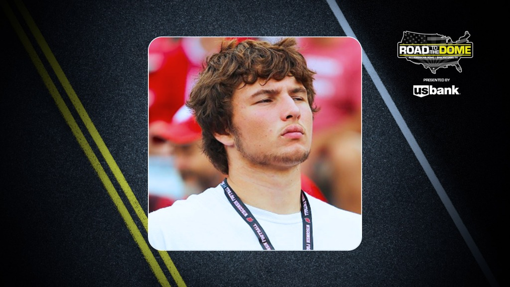 Offensive lineman Carson Hinzman (Hammond, Wisconsin/St. Croix Central H.S.), the four-star prospect, will be officially honored tomorrow as a 2022 All-American