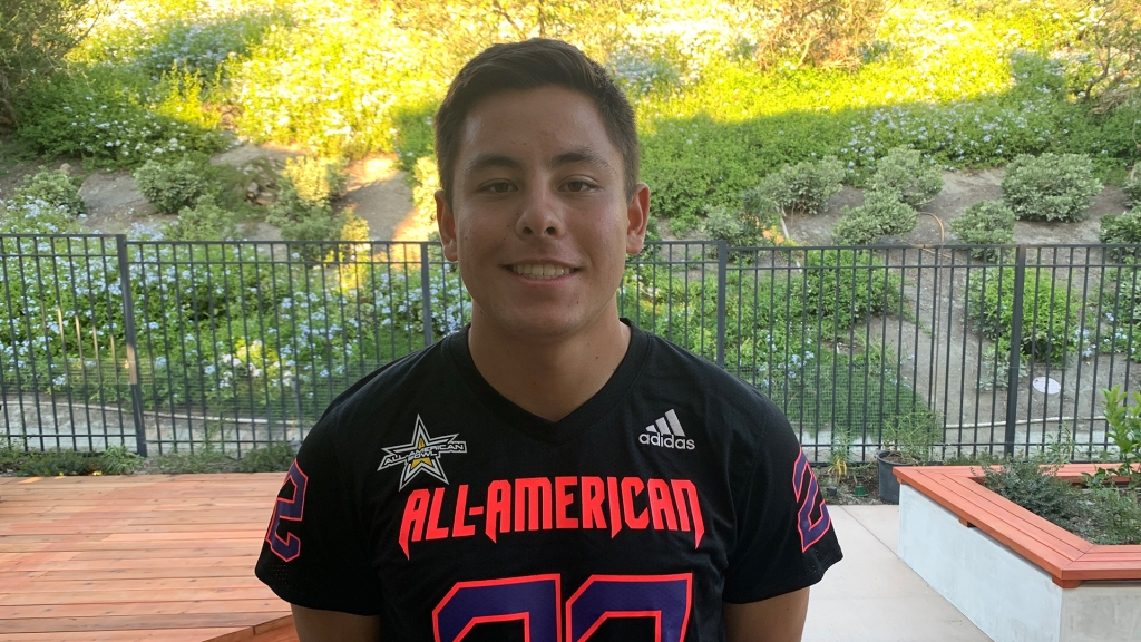 Long snapper Kurt Chesney (Aliso Viejo, California/ Aliso Niguel H.S.), the Air Force Academy commit, was officially honored as a 2022 All-American.