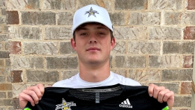 Tight end Oscar Delp (Cumming, Georgia/West Forsyth H.S.), the four-star prospect, was officially today as a 2022 All-American.