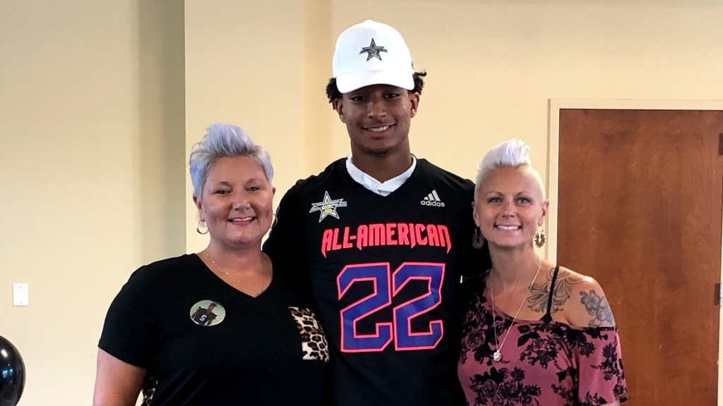 Defensive back Xavier Nwankpa (Altoona, Iowa/Southeast Polk H.S.), the four-star prospect, was officially honored as a 2022 All-American.