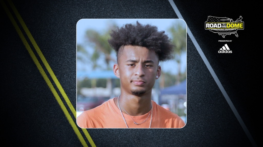 Defensive back Devin Moore (Naples, Florida/ Naples H.S.), the University of Notre Dame commit, will be officially honored tomorrow as a 2022 All-American.