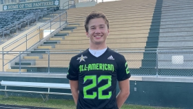 Punter Evan Crenshaw (Ponte Vedra, Florida/ Allen D. Nease H.S.), was officially honored as a 2022 All-American during a virtual jersey presentation.