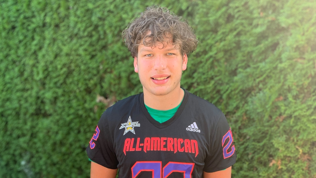 Tight end Ryan Otton (Olympia, Washington/ Tumwater H.S.), the University of Washington commit, was officially honored as a 2022 All-American.