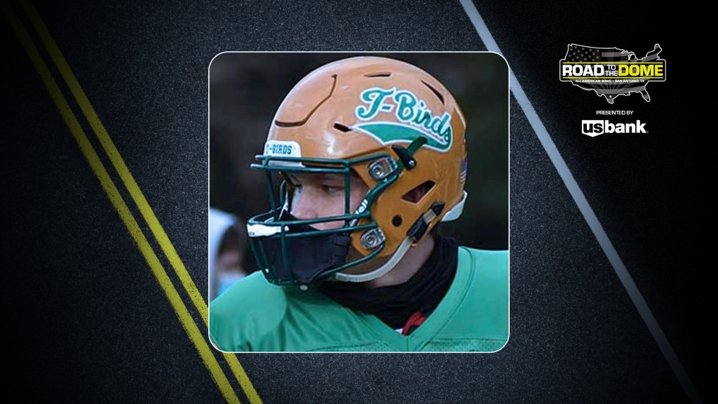 Tight end Ryan Otton (Olympia, Washington/Tumwater H.S.), the University of Washington commit, will be officially honored tomorrow as a 2022 All-American.